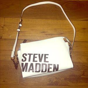 STEVE MADDEN white crossbody purse